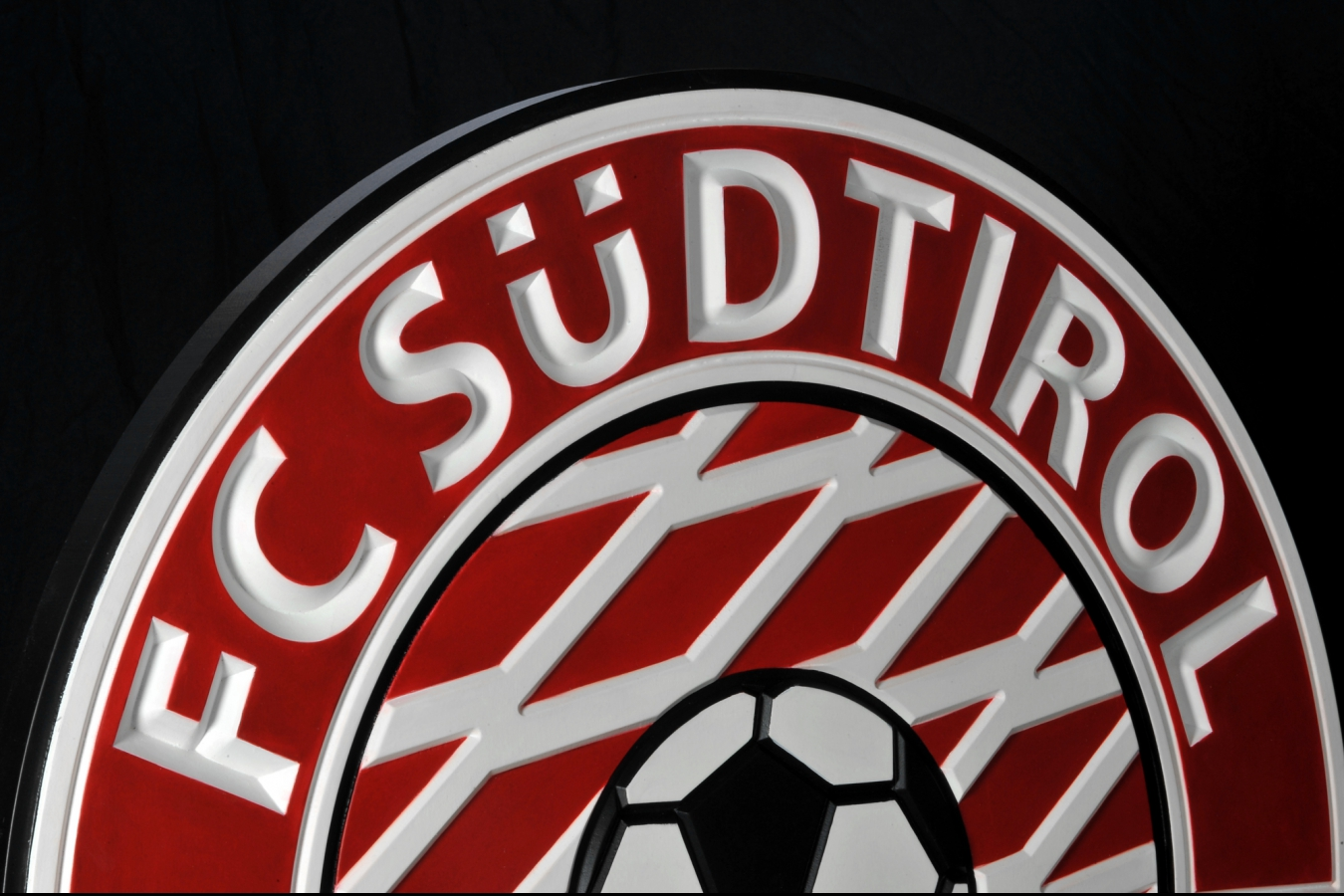 FC Südtirol - 3D Wood three dimensional thinking